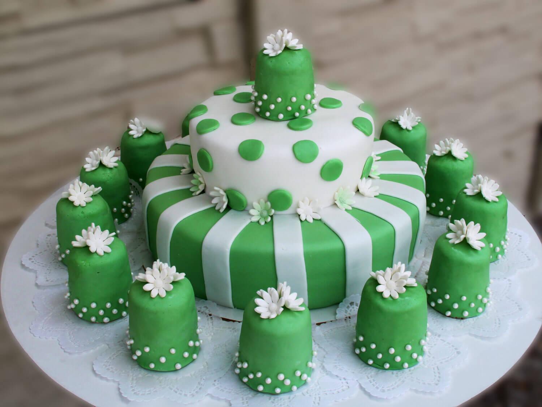 Tort Weselny P040