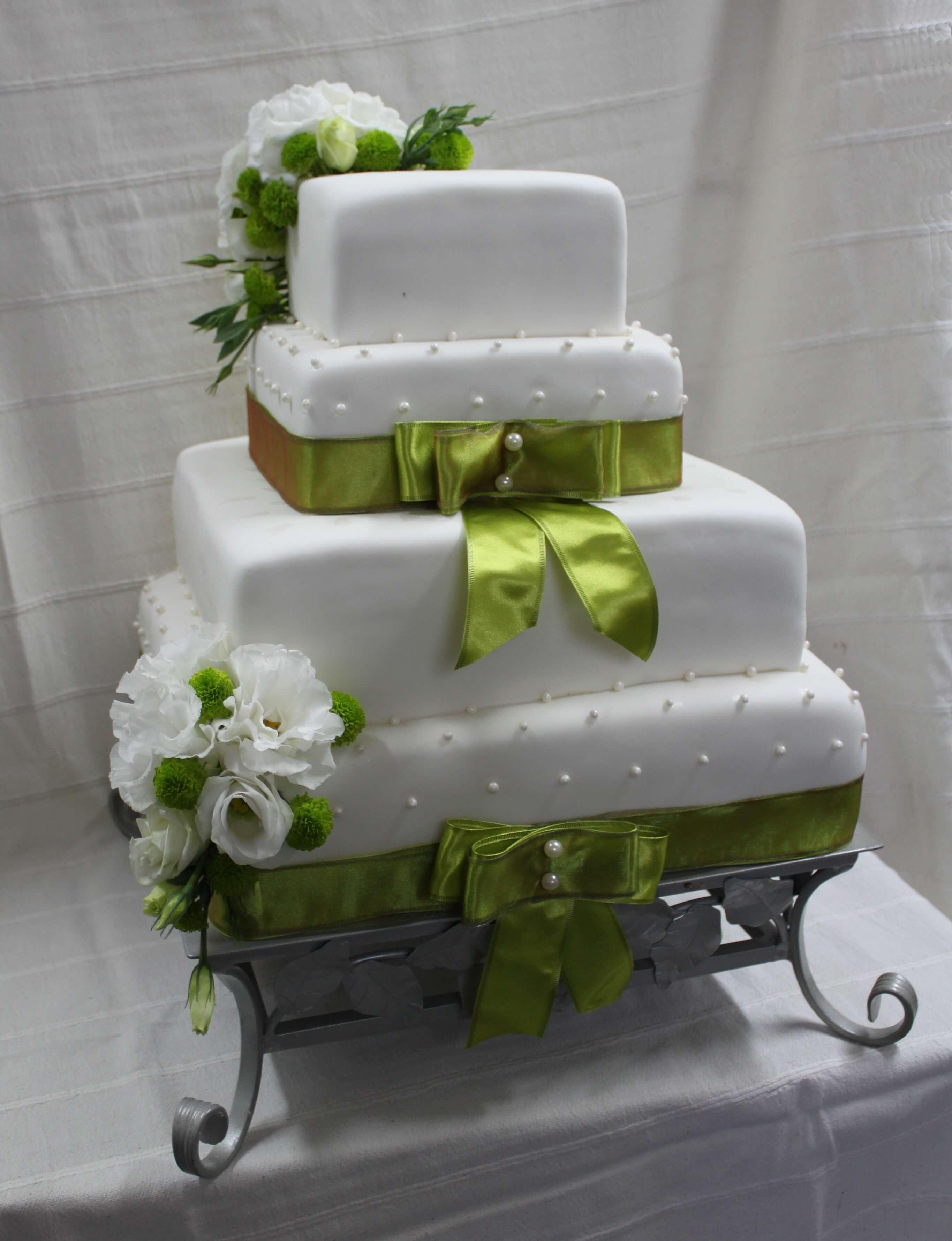 Tort Weselny P098